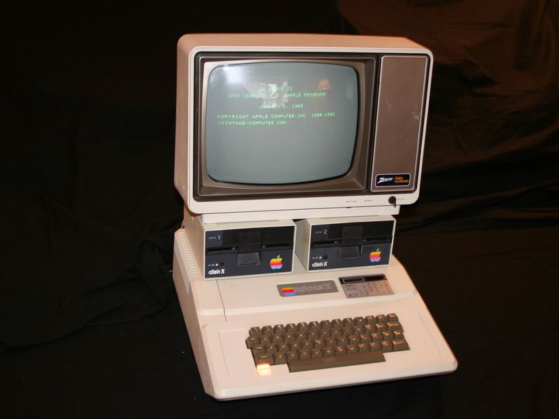 Manufacturer apple computer co model apple date announced 1977