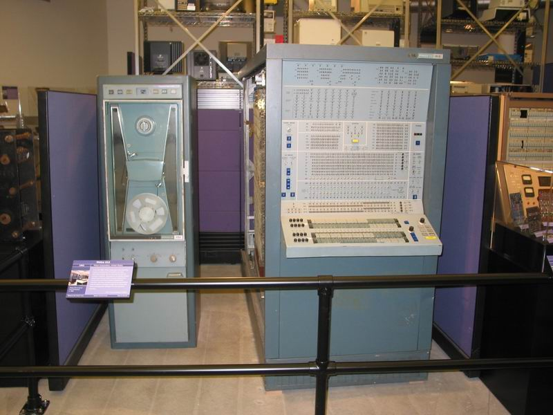 external image philco212.jpg
